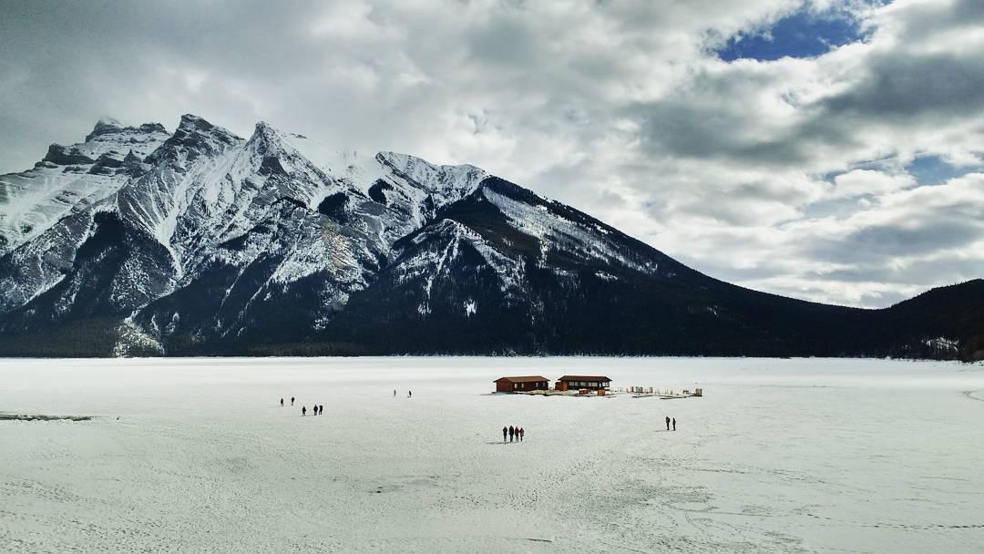 Banff_Lake_Minnewanka